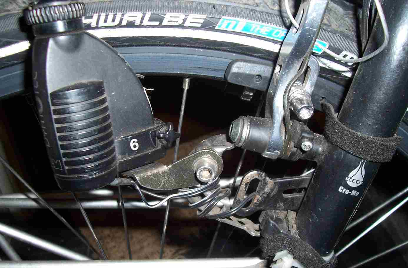 B&M dyno showing bracket and extension.JPG