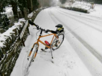 Snow in Looe with bike.jpg