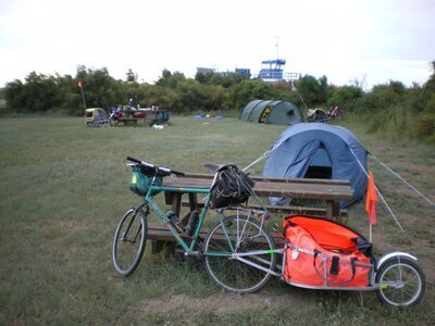Esnandes, near La Rochelle, Camping sauvage.JPG